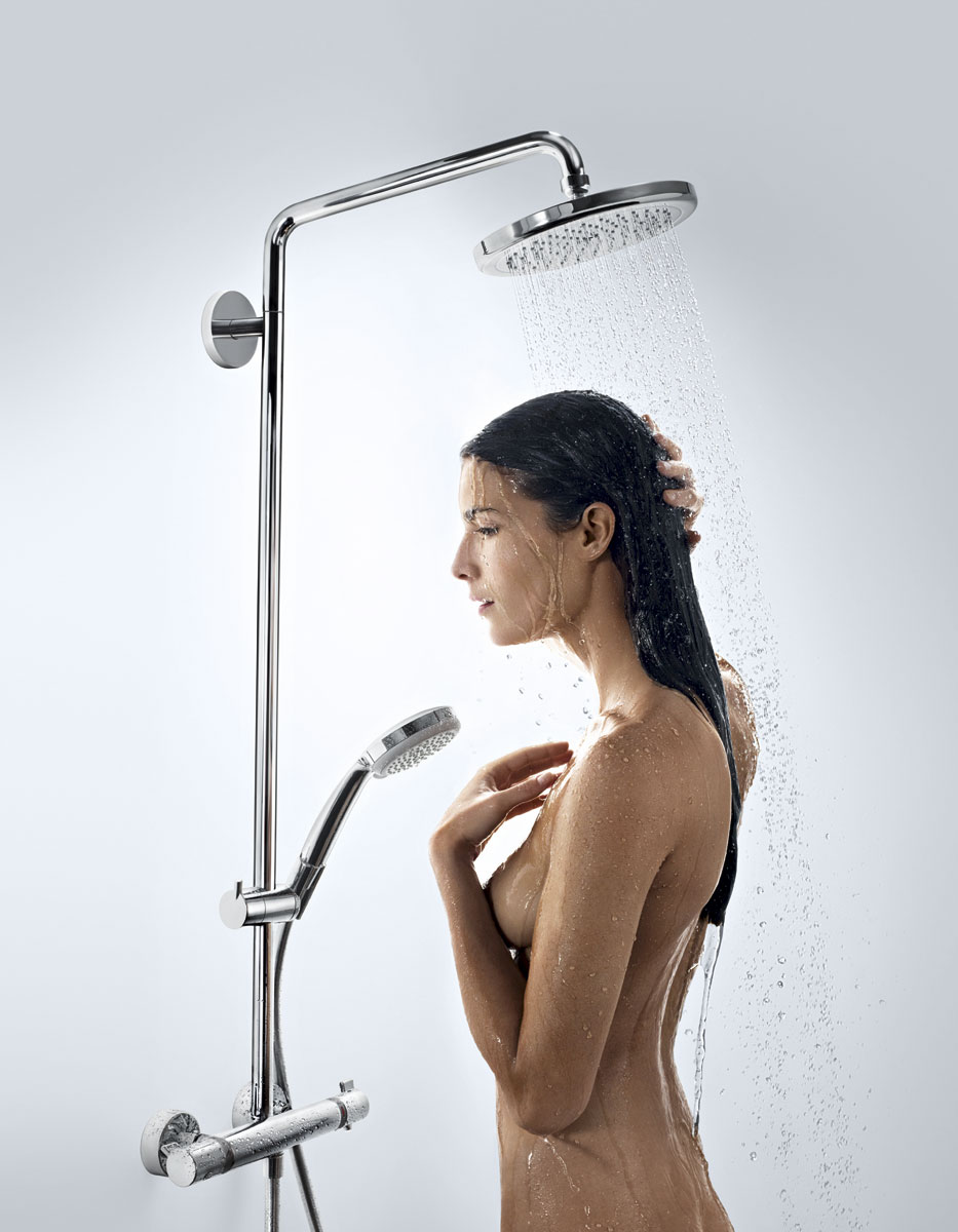hansgrohe showerpipe croma 220 27185000. Black Bedroom Furniture Sets. Home Design Ideas